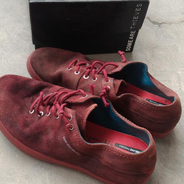 preloved sneaker/sepatu cewek