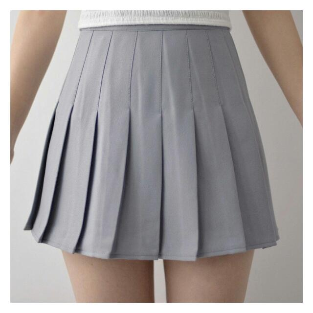 dc8625fb41 THE EDITOR'S MARKET PLEATED TENNIS SKIRT IN GREY, Women's Fashion, Clothes,  Pants, Jeans & Shorts on Carousell