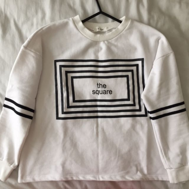 THE SQUARE JUMPER/SWEATER