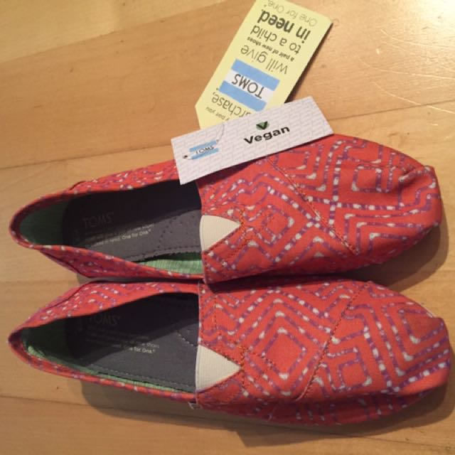 TOMS women's Shoe