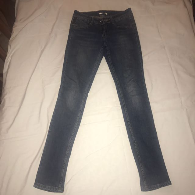 Valley Girl Size 6 Jeans #THECAFE