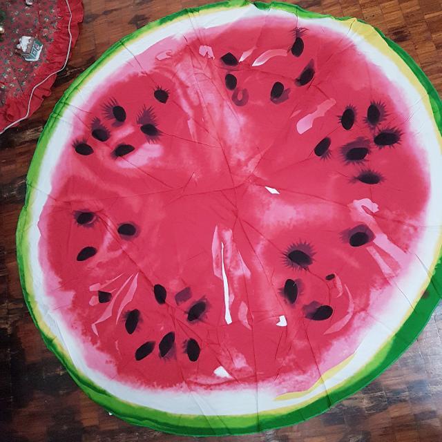 Watermelon Roundie