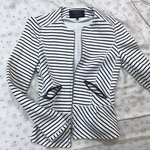 Zara 簡約條紋外套