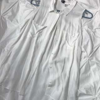 White Sleeveless H&M Collared Shirt (6)