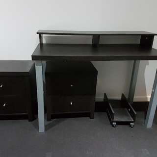 Study Table With 2x Drawers