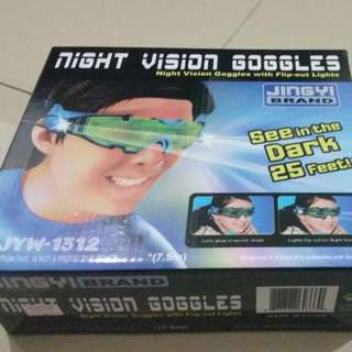 NIGHT VISION GOGGLES PLUS FREE GIFT BEG AND HEADPHONE BLUETOOTH