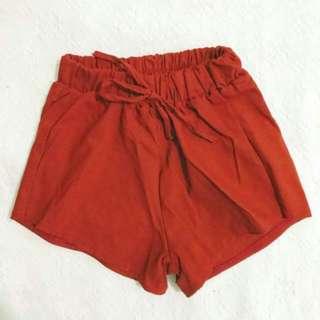 Short (maroon)