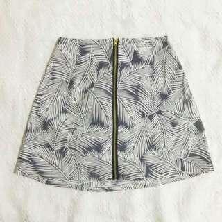 Zip front skirt