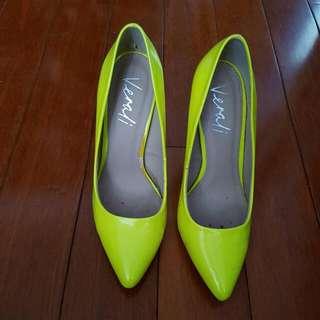 Verali Fluro Heels Size 7.5