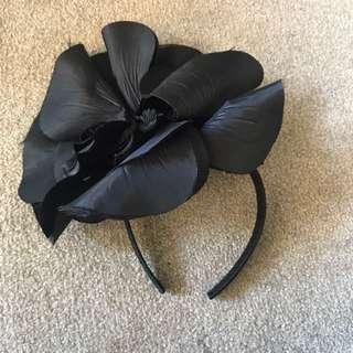 Black Large Flower Fascinator