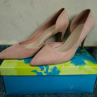 high heels F21 size 40 belum pernah pake