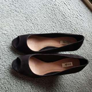 rmk suede leather shoes size 8