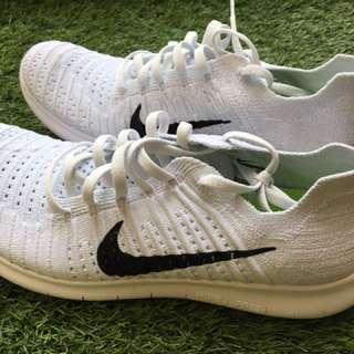 White Nike Free Flyknit Women's US Size 10