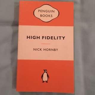 Penguin Classic - High Fidelity - paperback
