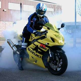 LOOKING FOR GSXR 600 K4 ACCESSORIES