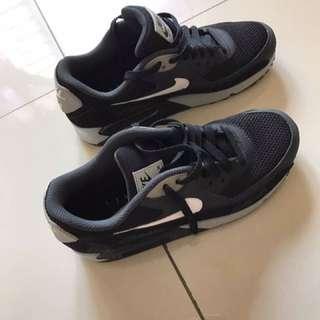 Nike Air Max Black And White Grey