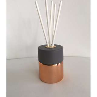 LUXURY 100ml ROSE GOLD/COPPER REED DIFFUSER WITH CONCRETE LID
