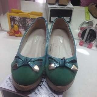 Plaform Shoes Hijau Tosca