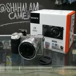 BRAND NEW SONY A6000 MIRRORLESS CAMERA