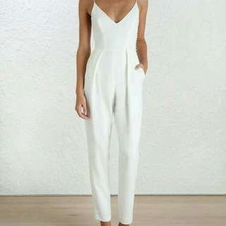 LOOKING FOR JUMPSUIT!