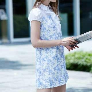 iROO 38 水藍色花卉春風蕾絲洋裝