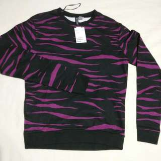 Divided by H&M Black&Purple Tiger Print Pullover - New with Tags