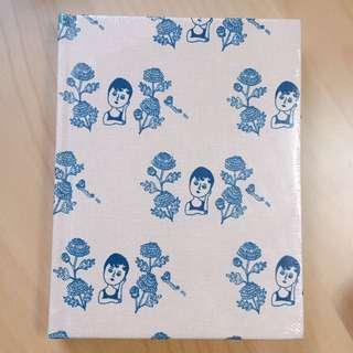 Ooh La La 帆布面Notebook