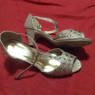 zalora gold shoes