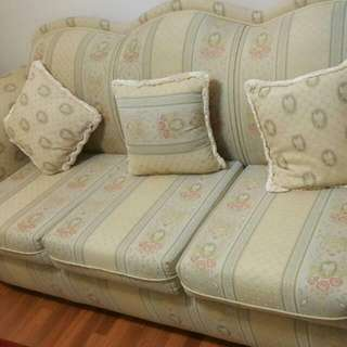 Three Seater And Two 1 Seater Couch