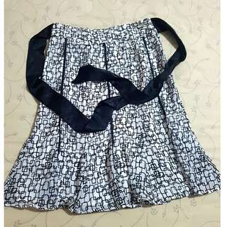 Black n White Skirt