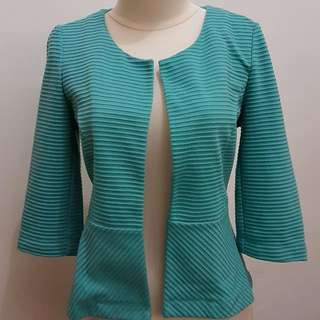 Outer Atmosphere Tosca size 6