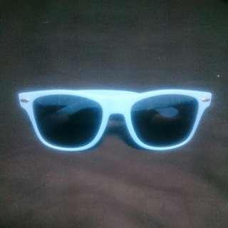 Wayfarer Pastel Blue Shades