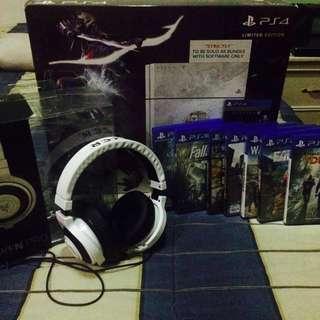 PlayStation 4 Destiny Themed 1 Controlller 9 cds Razer Kraken Pro