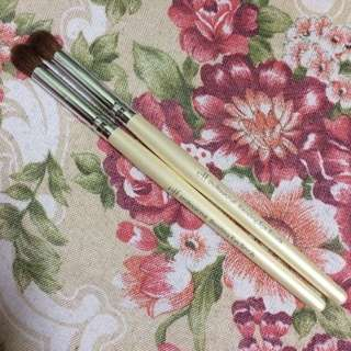2pcs. E.L.F. Eyeshadow Brushes