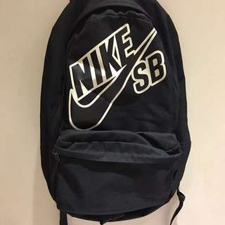 NIKE SB 大logo後背包
