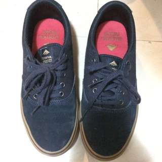 Emerica Eu37深藍色 Uk4 淨鞋 $100