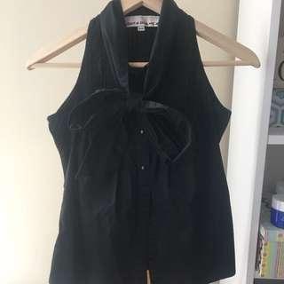 Black Sleeveless Button-down