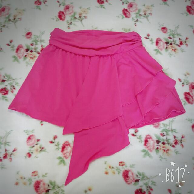 桃紅波浪短裙