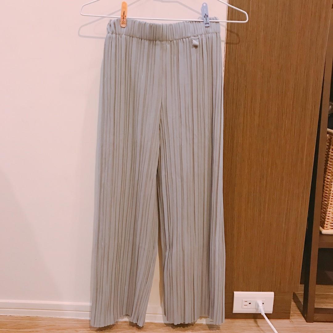 韓版 知性淺灰寬鬆百摺寬褲
