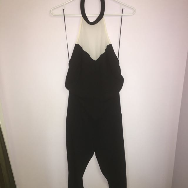 PRICE DROP ✨BACKLESS JUMPSUIT By GUESS
