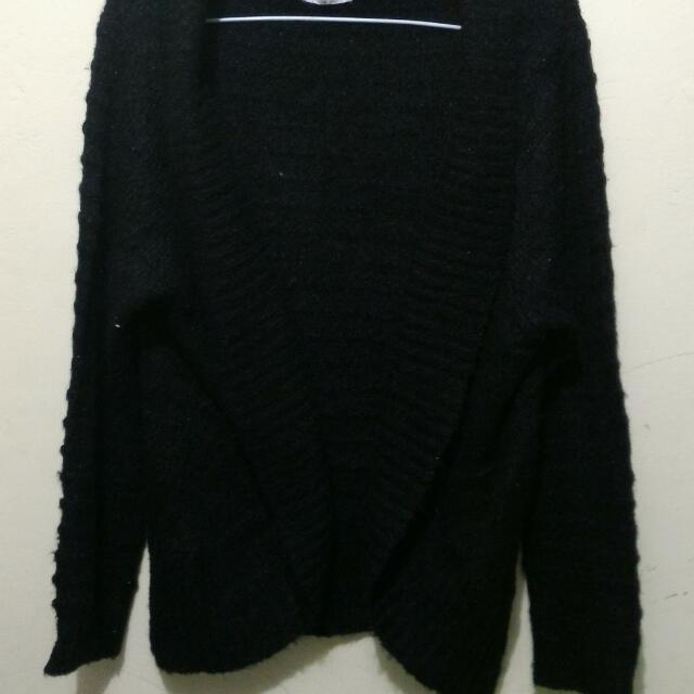 Black Knitted Outer