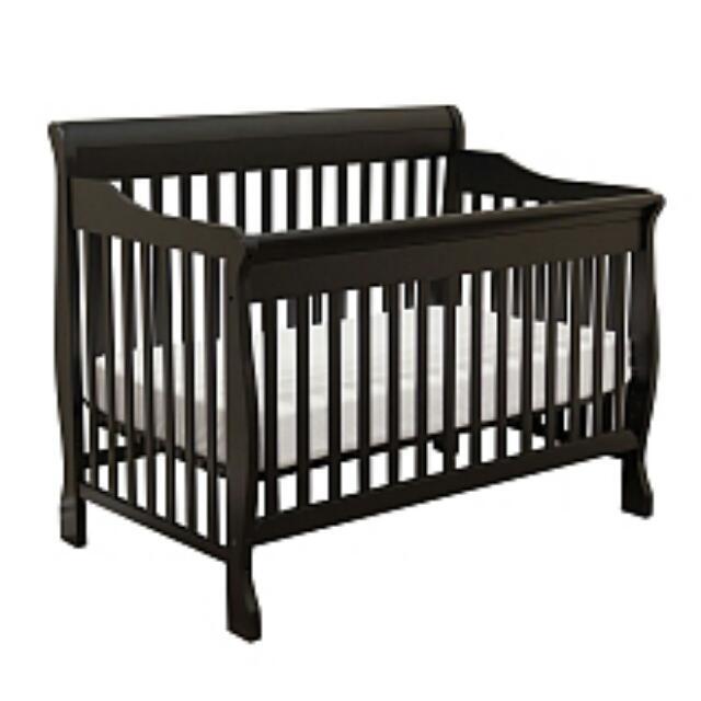 Dark Pine Bily Bray Sleigh Crib
