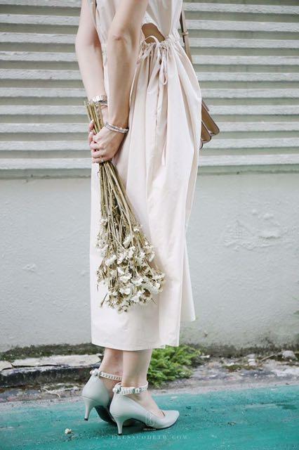 Dress Code 米色連身裙