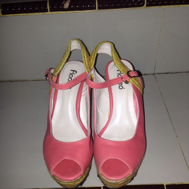 Fladeo Wedges Baby Pink