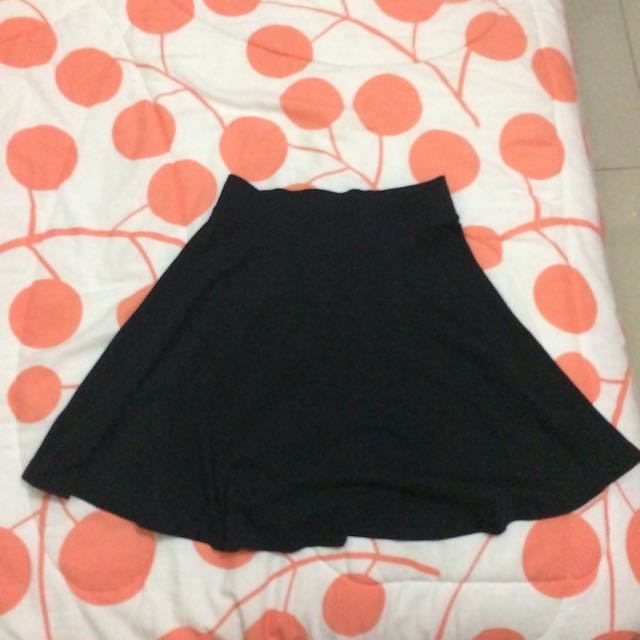 Flare Skirt ( Pull And Bear)
