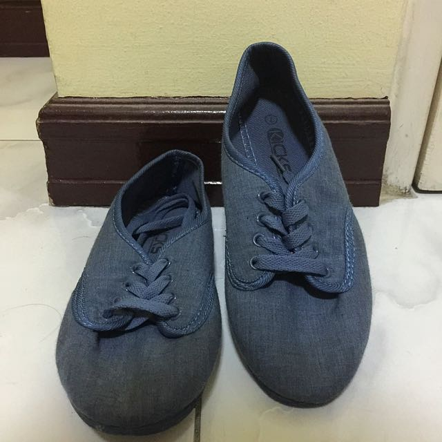 Kicks Shoes