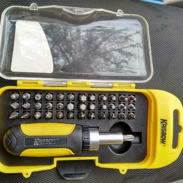 KRISBOW SCREWDRIVER (OBENG) SET