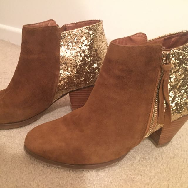 MiPiaci Ankle Boots