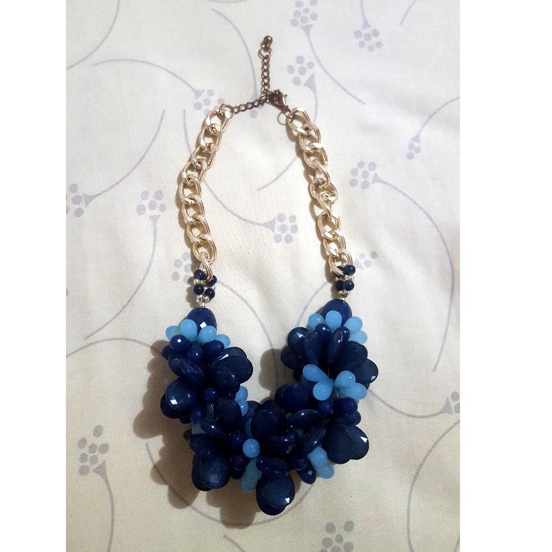 mix-blue-flower necklace