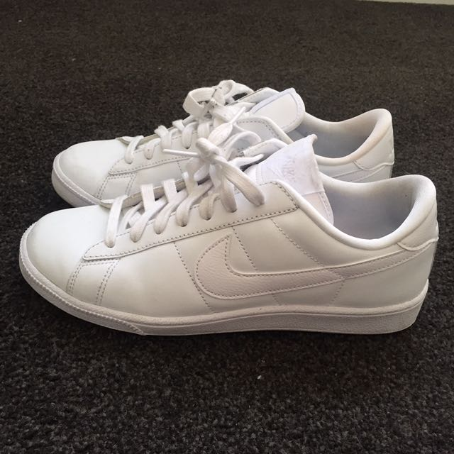 Nike Tennis Trainers